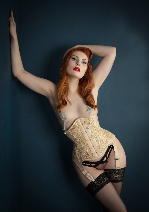 Boudoir style Photoshoots for ladies by Belle Prive Photography